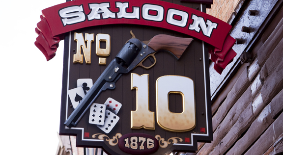 Poker Collusion in Deadwood?